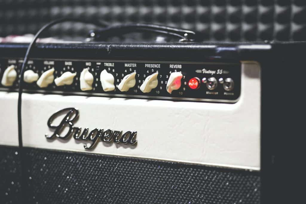 effects-guitar-amp